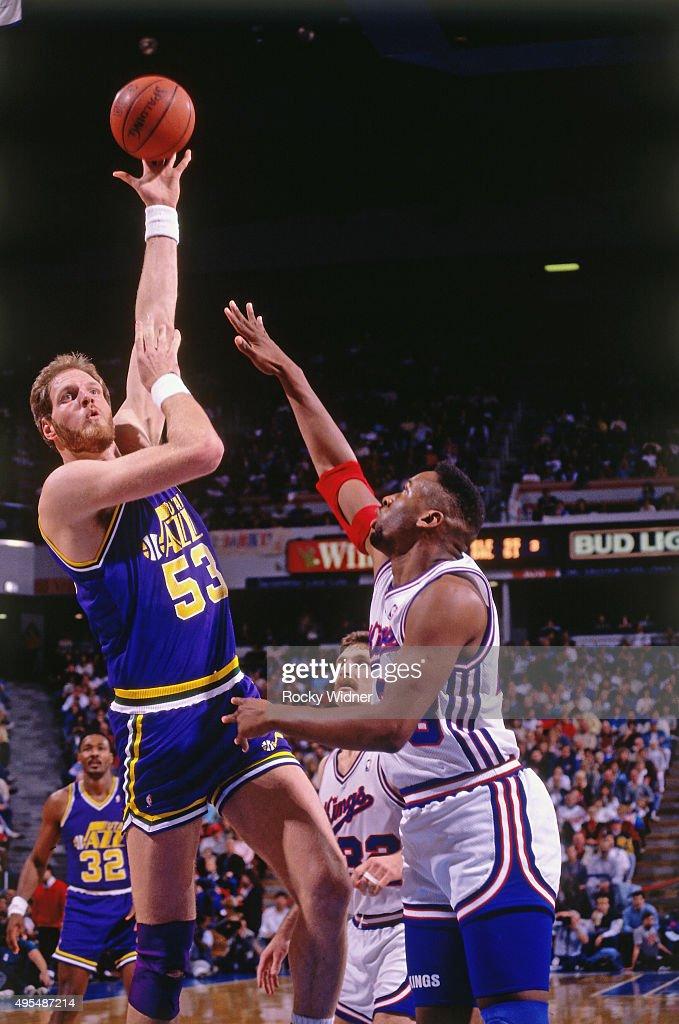Mark Eaton of the Utah Jazz shoots against the Sacramento Kings circa 1990 at Arco Arena in Sacramento California NOTE TO USER User expressly...