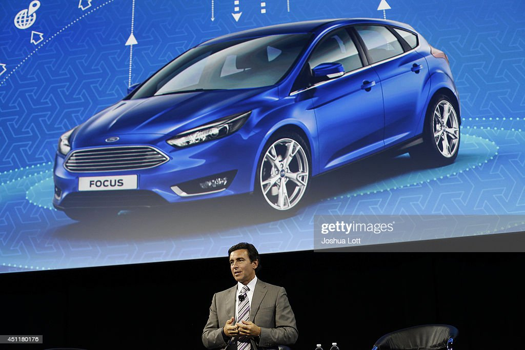 Mark fields ford motor company biography for Ford motor company leadership