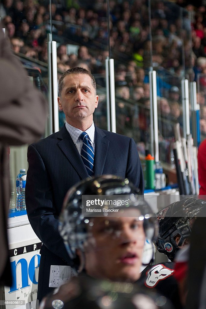 ... 2015 at Prospera Place in Kelowna, British Columbia, Canada. Show more: gettyimages.co.uk/detail/news-photo/mark-french-head-coach-of-the...