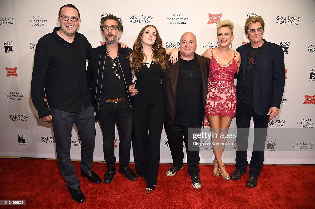 Mark Gessner, John Ales, Elizabeth Gillies, Robert Kelly, Elaine Hendrix and Denis Leary attend the 'Sex&Drugs&Rock&Roll' season 2 premiere at AMC Loews 34th Street 14 theater on June 28, 2016 in New York City.