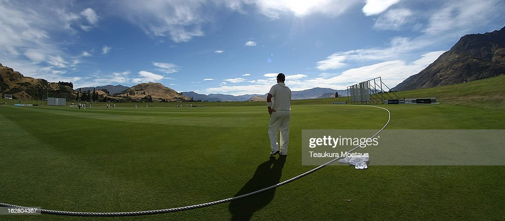 Mark Gillespie of the New Zealand XI looks on during day two of the International tour match between the New Zealand XI and England at Queenstown Events Centre on February 28, 2013 in Queenstown, New Zealand.