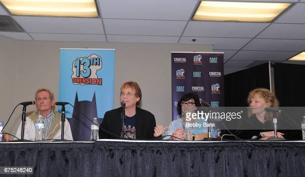 Mark Goddard Bill Mumy Angela Cartwright and Marta Kristen of Lost In Space attend the 2017 East Coast Comic Con at Meadowlands Exposition Center on...