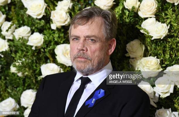 Mark Hamill attends the 2017 Tony Awards Red Carpet at Radio City Music Hall on June 11 2017 in New York City / AFP PHOTO / ANGELA WEISS