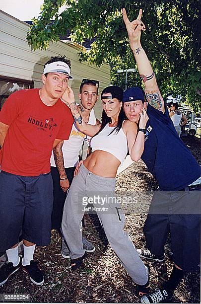 Mark Hoppus Travis Barker Janine Lindemulder and Tom DeLonge