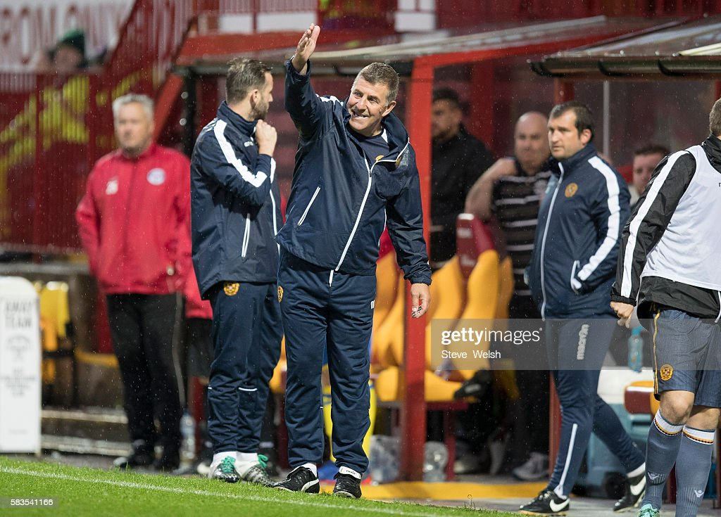 Mark McGhee Manager of Motherwell shouts out to his players during the BETFRED Cup First Round Group F Match between Motherwell and East...