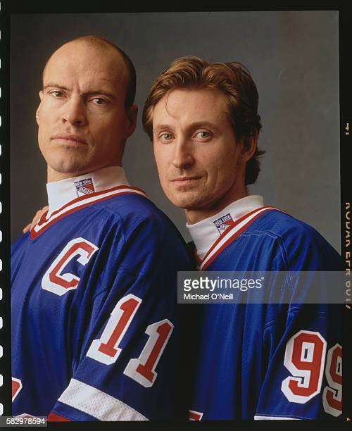 Mark Messier and Wayne Gretzky
