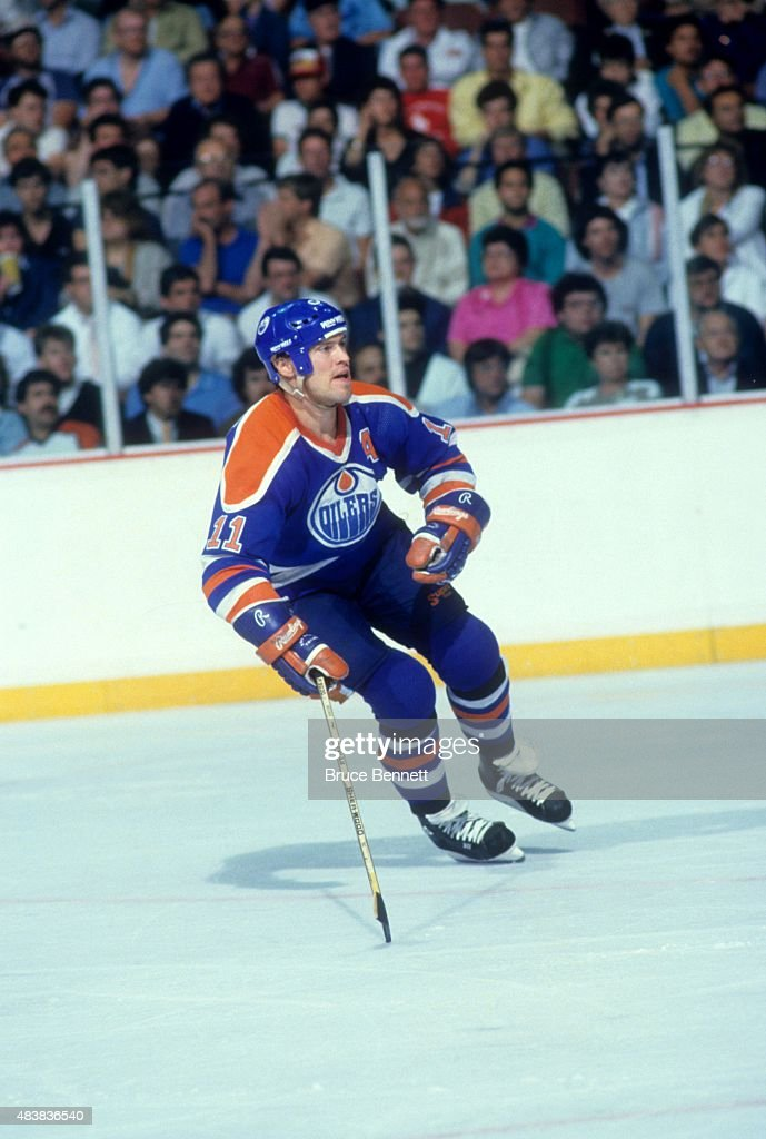 Mark Messier #11 of the Edmonton Oilers skates on the ice during Game 3 of the 1987 Stanley Cup Finals against the Philadelphia Flyers on May 22, 1987 at the Spectrum in Philadelphia, Pennsylvania.