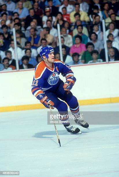 Mark Messier of the Edmonton Oilers skates on the ice during Game 3 of the 1987 Stanley Cup Finals against the Philadelphia Flyers on May 22 1987 at...