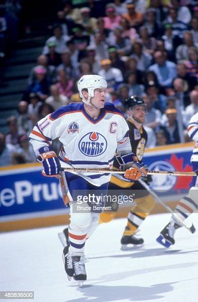 Mark Messier of the Edmonton Oilers skates on the ice during the 1990 Stanley Cup Finals against the Boston Bruins in May 1990 at the Northlands...
