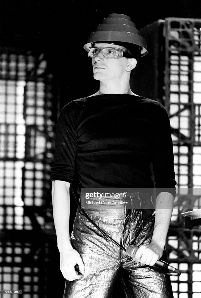 Mark Mothersbaugh of the new wave punk music group 'Devo' performs onstage in circa 1979 in Los Angeles, California.