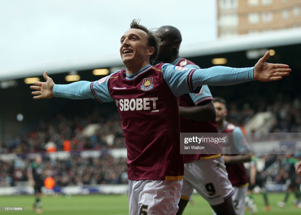 <a gi-track='captionPersonalityLinkClicked' href=/galleries/search?phrase=Mark+Noble&family=editorial&specificpeople=844055 ng-click='$event.stopPropagation()'>Mark Noble</a> of West Ham celebrates scoring a penalty during the npower Championship match between West Ham United and Nottingham Forest, at Boleyn Ground on January 21, 2012 in London, England.
