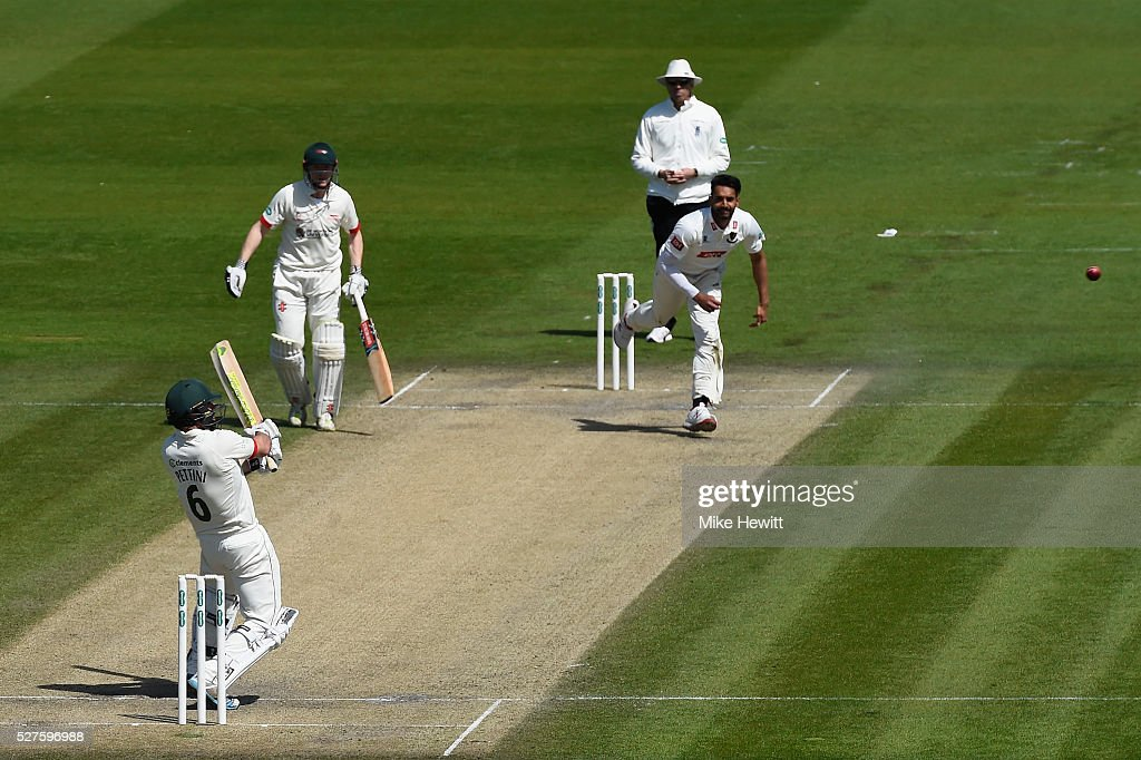 Mark Pettini of Leicestershirecuts a ball from <a gi-track='captionPersonalityLinkClicked' href=/galleries/search?phrase=Ajmal+Shahzad&family=editorial&specificpeople=1033803 ng-click='$event.stopPropagation()'>Ajmal Shahzad</a> of Sussex to the boundary during the Specsavers County Championship Division Two match between Sussex and Leicestershire on May 03, 2016 in Hove, England.