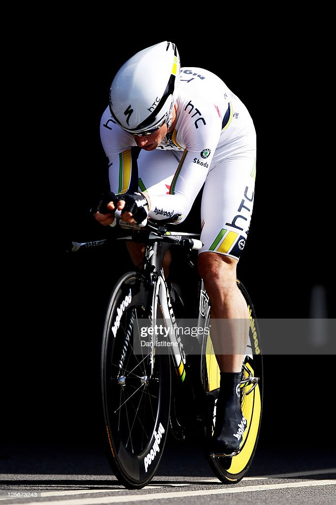 <a gi-track='captionPersonalityLinkClicked' href=/galleries/search?phrase=Mark+Renshaw&family=editorial&specificpeople=171655 ng-click='$event.stopPropagation()'>Mark Renshaw</a> of Australia and Team HTC Highroad emerges from a tunnel in Lower Thames Street as he competes in the Individual Time Trial during Stage Eight of the Tour of Britain on September 18, 2011 in London, England.