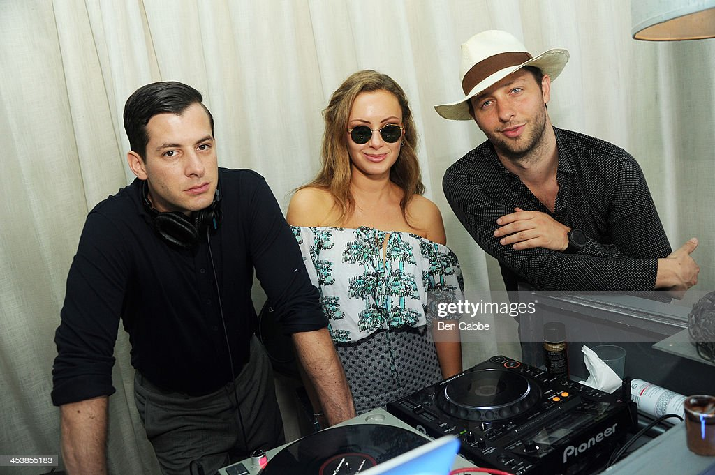 <a gi-track='captionPersonalityLinkClicked' href=/galleries/search?phrase=Mark+Ronson&family=editorial&specificpeople=853261 ng-click='$event.stopPropagation()'>Mark Ronson</a>, <a gi-track='captionPersonalityLinkClicked' href=/galleries/search?phrase=Camilla+Al+Fayed&family=editorial&specificpeople=612320 ng-click='$event.stopPropagation()'>Camilla Al Fayed</a> and <a gi-track='captionPersonalityLinkClicked' href=/galleries/search?phrase=Derek+Blasberg&family=editorial&specificpeople=856710 ng-click='$event.stopPropagation()'>Derek Blasberg</a> attend the ISSA London lunch celebrating British fashion and fashion illustration at the Tent at Soho Beach House on December 5, 2013 in Miami Beach, Florida.