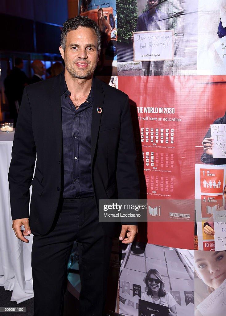 Mark Ruffalo attends 2016 Global Goals Awards Dinner at Gustavino's on September 20, 2016 in New York City.