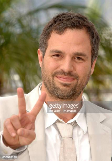 Mark Ruffalo attends a photocall for his new film Zodiac at the Palais Des Festivals during the 60th annual Cannes Film Festival Cannes France