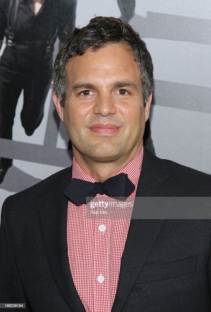 <a gi-track='captionPersonalityLinkClicked' href=/galleries/search?phrase=Mark+Ruffalo&family=editorial&specificpeople=209317 ng-click='$event.stopPropagation()'>Mark Ruffalo</a> attends the 'Now You See Me' New York Premiere at AMC Lincoln Square Theater on May 21, 2013 in New York City.