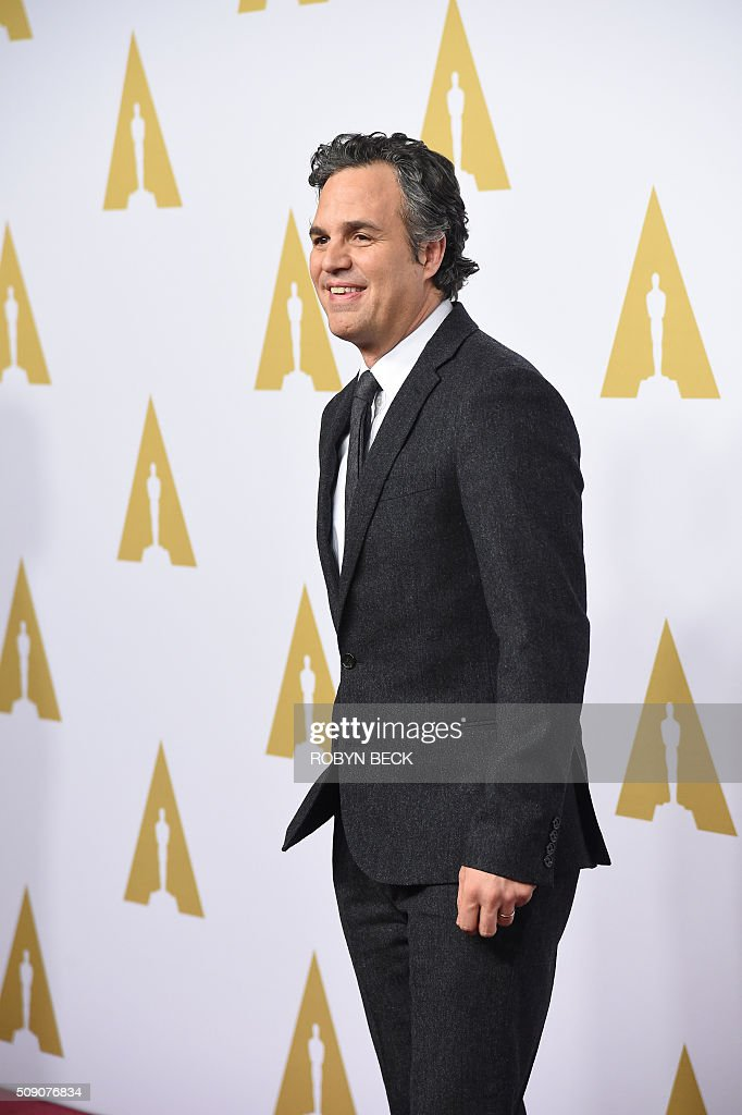 Mark Ruffalo, nominee for best actor in a supporting role for 'Spotlight,' arrives at the 88th Oscar Nominees Luncheon in Beverly Hills, California, February 8, 2016. / AFP / ROBYN BECK