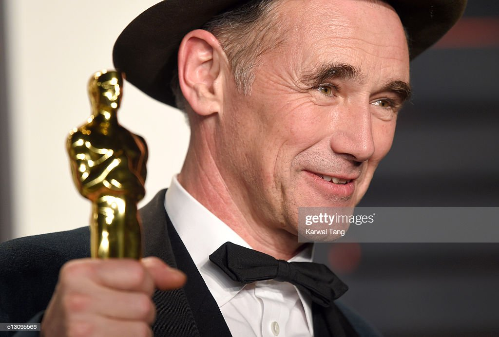 Mark Rylance attends the 2016 Vanity Fair Oscar Party Hosted By Graydon Carter at Wallis Annenberg Center for the Performing Arts on February 28, 2016 in Beverly Hills, California.