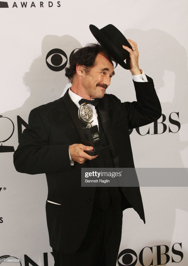 <a gi-track='captionPersonalityLinkClicked' href=/galleries/search?phrase=Mark+Rylance&family=editorial&specificpeople=726870 ng-click='$event.stopPropagation()'>Mark Rylance</a> poses with the award for Best Performance by an Actor in a Leading Role in a Play in the press room during the 65th Annual Tony Awards at the The Jewish Community Center in Manhattan on June 12, 2011 in New York City.