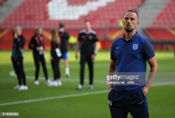 Mark Sampson manager / head coach of England Women during the UEFA Women's Euro 2017 match between England and Scotland at Stadion Galgenwaard on...