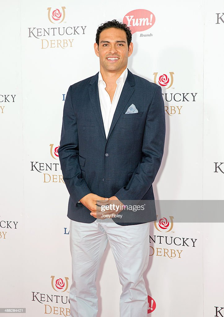 <a gi-track='captionPersonalityLinkClicked' href=/galleries/search?phrase=Mark+Sanchez&family=editorial&specificpeople=690406 ng-click='$event.stopPropagation()'>Mark Sanchez</a> attends the 140th Kentucky Derby at Churchill Downs on May 3, 2014 in Louisville, Kentucky.
