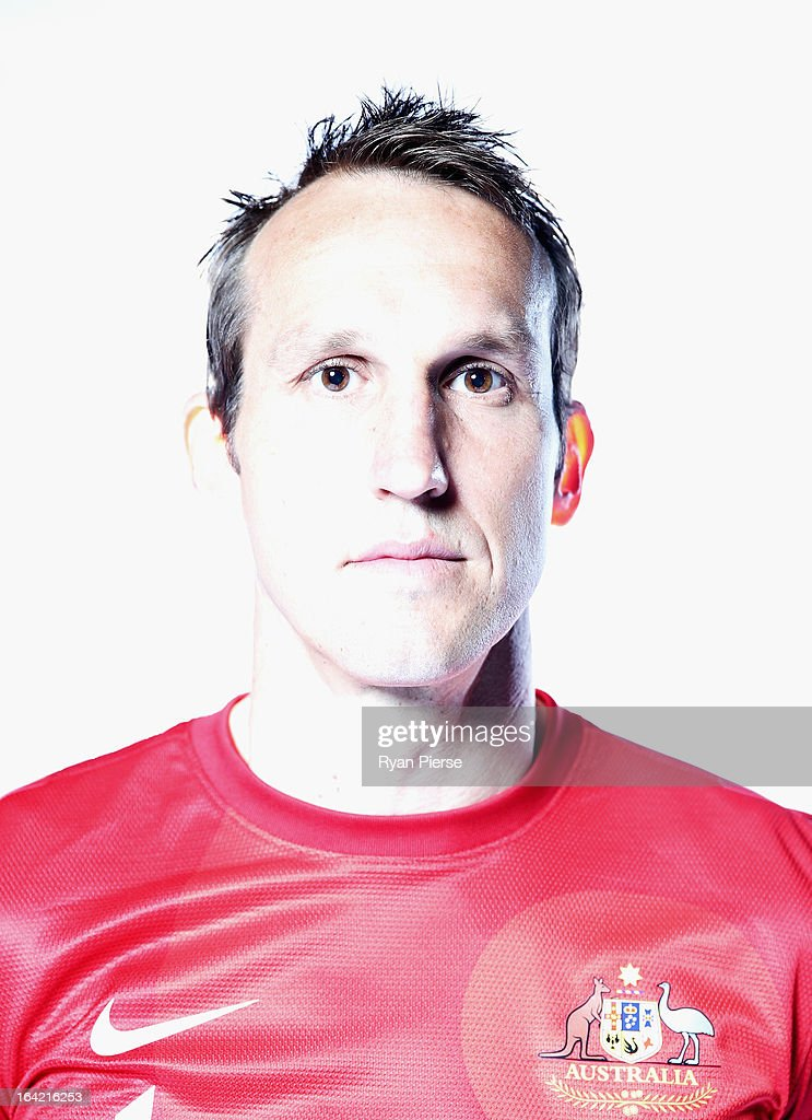 <a gi-track='captionPersonalityLinkClicked' href=/galleries/search?phrase=Mark+Schwarzer&family=editorial&specificpeople=208085 ng-click='$event.stopPropagation()'>Mark Schwarzer</a> of Australia poses during a Socceroos Portrait Session on March 21, 2013 in Sydney, Australia.