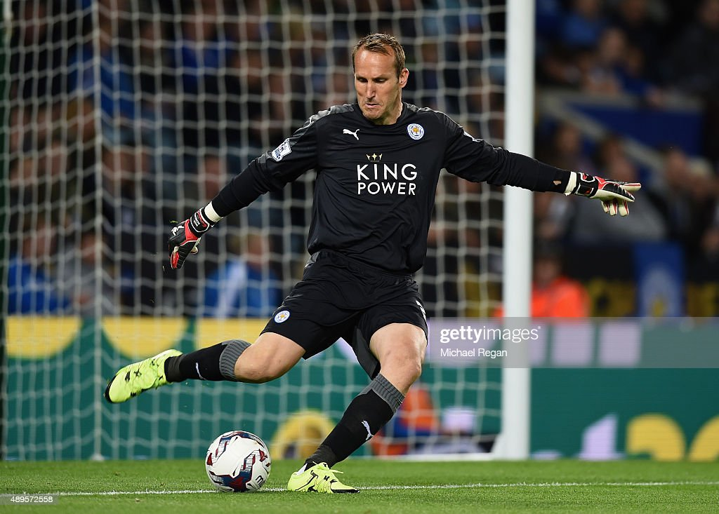 <a gi-track='captionPersonalityLinkClicked' href=/galleries/search?phrase=Mark+Schwarzer&family=editorial&specificpeople=208085 ng-click='$event.stopPropagation()'>Mark Schwarzer</a> of Leicester in action during the Capital One Cup Third Round match between Leicester City and West Ham United at The King Power Stadium on September 22, 2015 in Leicester, England.