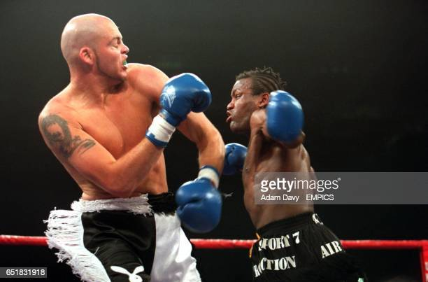 Mark Smallwood in action on his way to beating Valery Odin