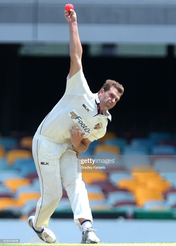 Mark Steketee of Queensland bowls during day one of the Sheffield Shield match between Queensland and Tasmania at The Gabba on February 14, 2016 in Brisbane, Australia.