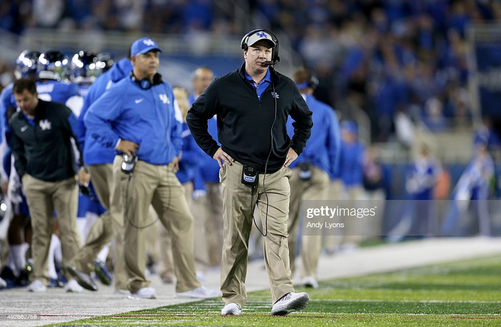 <a gi-track='captionPersonalityLinkClicked' href=/galleries/search?phrase=Mark+Stoops&family=editorial&specificpeople=4957711 ng-click='$event.stopPropagation()'>Mark Stoops</a> the head coach of the Kentucky Wildcats watches the action against the Auburn Tigers at Commonwealth Stadium on October 15, 2015 in Lexington, Kentucky.