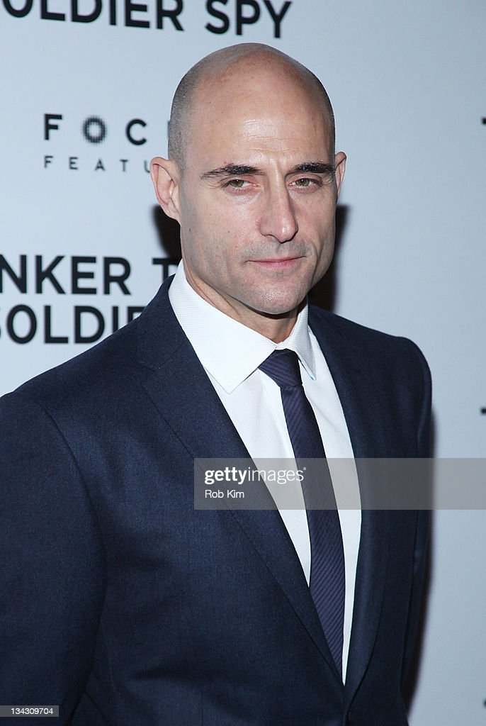 <a gi-track='captionPersonalityLinkClicked' href=/galleries/search?phrase=Mark+Strong&family=editorial&specificpeople=750895 ng-click='$event.stopPropagation()'>Mark Strong</a> attends the premiere of 'Tinker Tailor Soldier Spy' at Landmark Sunshine Theater on November 30, 2011 in New York City.