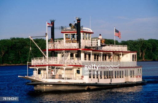 Hannibal (MO) United States  city photos : Mark Twain riverboat, Hannibal, Missouri, United States of America ...