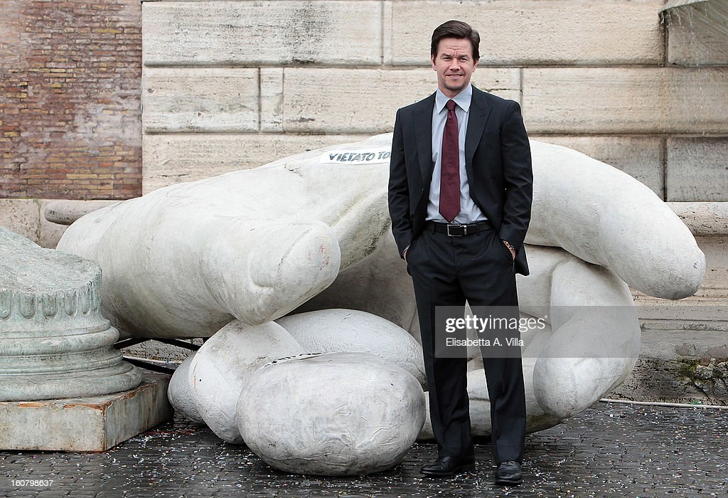 <a gi-track='captionPersonalityLinkClicked' href=/galleries/search?phrase=Mark+Wahlberg&family=editorial&specificpeople=202265 ng-click='$event.stopPropagation()'>Mark Wahlberg</a> attends 'Broken City' Rome Photocall at Piazza Del Popolo on February 6, 2013 in Rome, Italy.