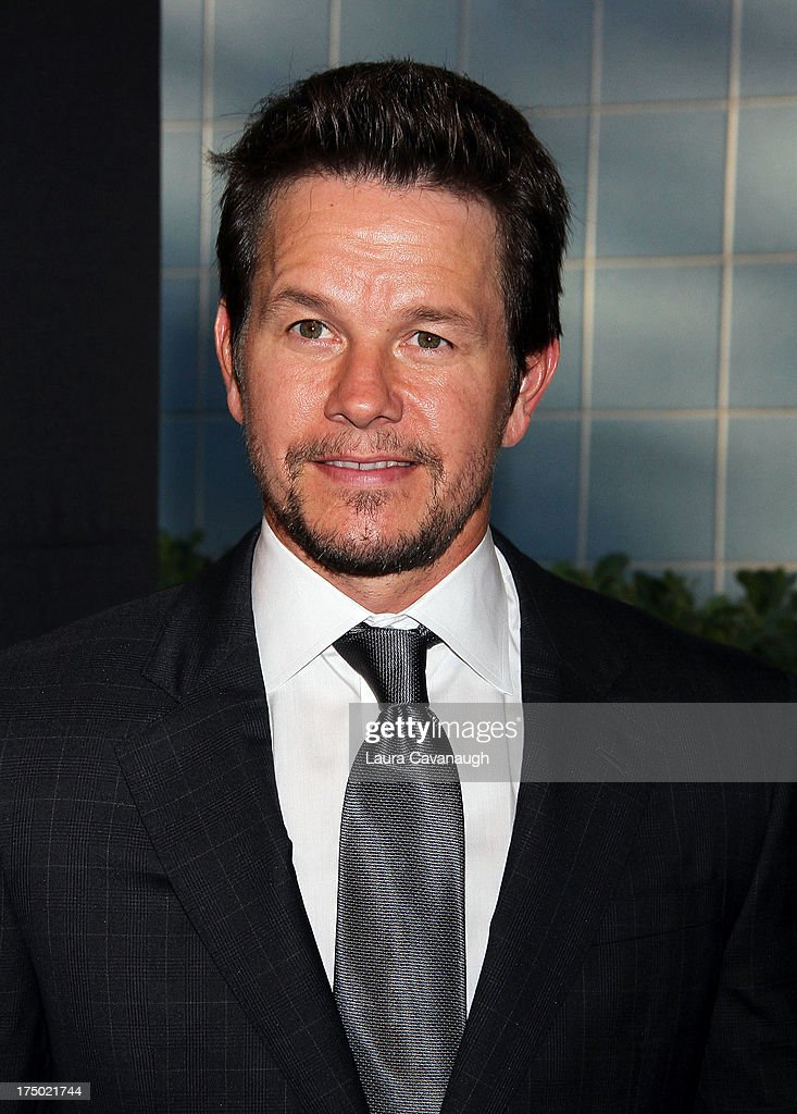 <a gi-track='captionPersonalityLinkClicked' href=/galleries/search?phrase=Mark+Wahlberg&family=editorial&specificpeople=202265 ng-click='$event.stopPropagation()'>Mark Wahlberg</a> attends the '2 Guns' premiere at SVA Theater on July 29, 2013 in New York City.