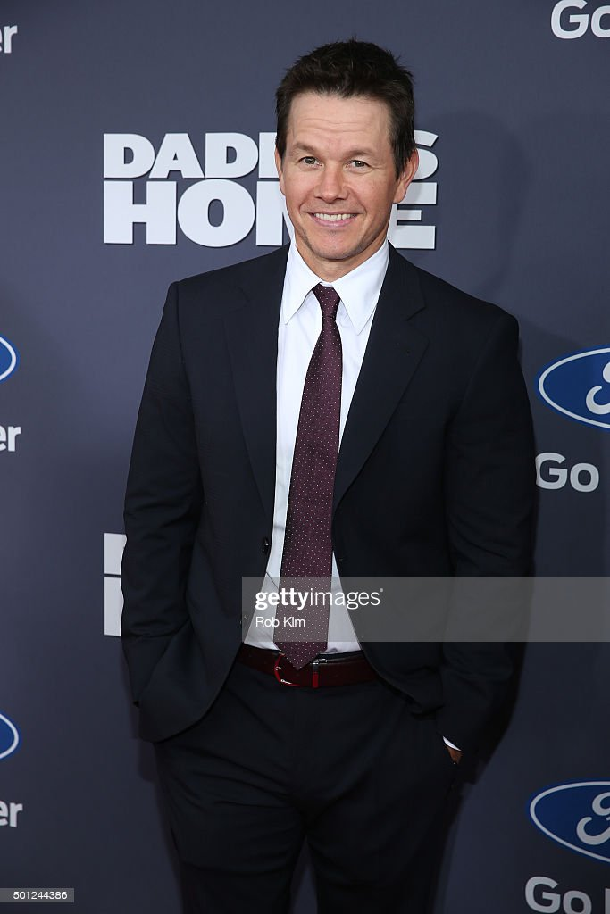 <a gi-track='captionPersonalityLinkClicked' href=/galleries/search?phrase=Mark+Wahlberg&family=editorial&specificpeople=202265 ng-click='$event.stopPropagation()'>Mark Wahlberg</a> attends the New York Premiere of 'Daddy's Home' at AMC Lincoln Square Theater on December 13, 2015 in New York City.