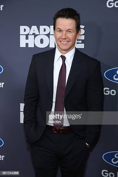 Mark Wahlberg attends the New York Premiere of 'Daddy's Home' at AMC Lincoln Square Theater on December 13 2015 in New York City