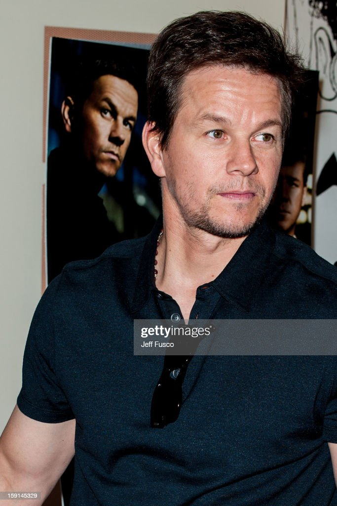 <a gi-track='captionPersonalityLinkClicked' href=/galleries/search?phrase=Mark+Wahlberg&family=editorial&specificpeople=202265 ng-click='$event.stopPropagation()'>Mark Wahlberg</a> attends the Philadelphia screening of the movie 'Broken City' at the Prince Music Theater January 8, 2013 in Philadelphia, Pennsylvania.