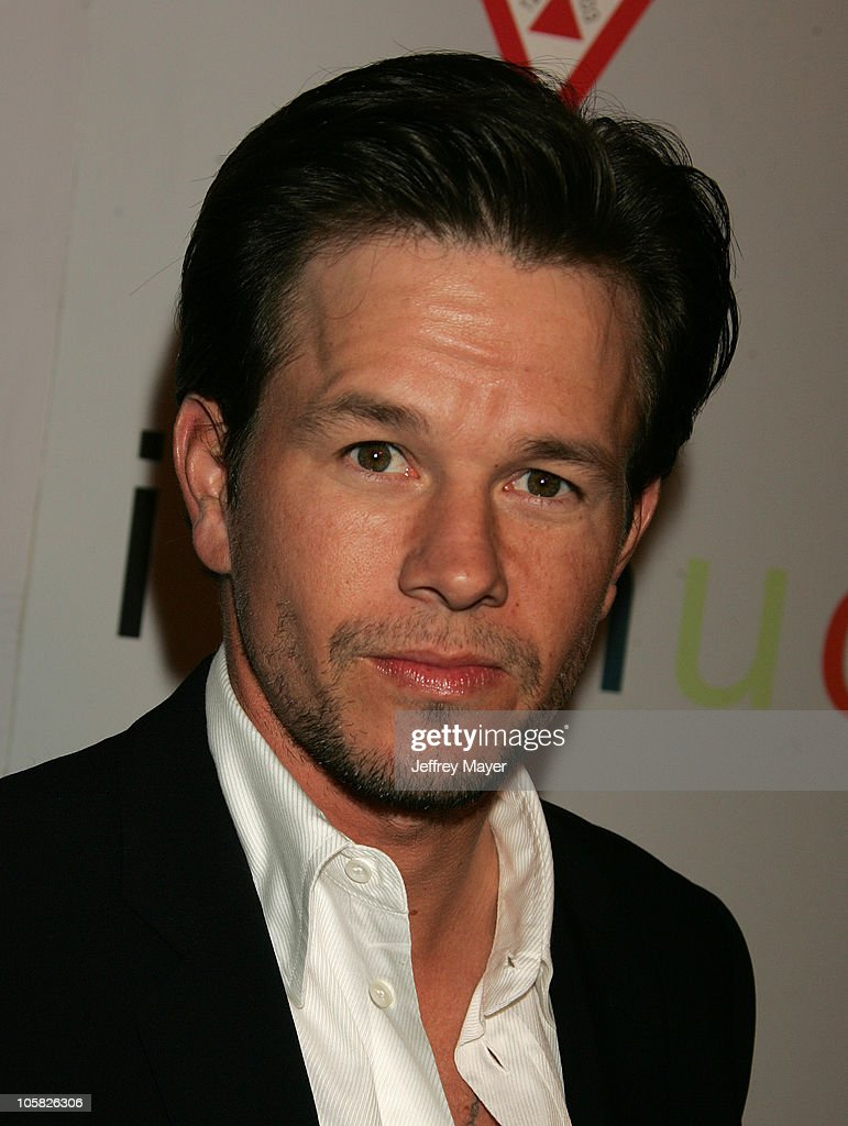 Mark Wahlberg during 'I Heart Huckabees' Los Angeles Premiere - Arrivals at The Grove in Hollywood, California, United States.