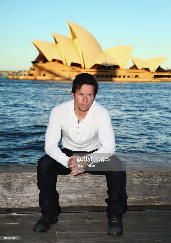 <a gi-track='captionPersonalityLinkClicked' href=/galleries/search?phrase=Mark+Wahlberg&family=editorial&specificpeople=202265 ng-click='$event.stopPropagation()'>Mark Wahlberg</a> poses during a photo call for 'Transformers - Age Of Extinction' at the Overseas Passenger Terminal on May 21, 2014 in Sydney, Australia.