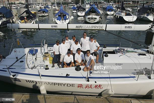 Mark Webber driver for the RBS sponsored WilliamsF1 team and members of yacht HiFi pose on September 26 2006 in Hong Kong China Webber ventured into...