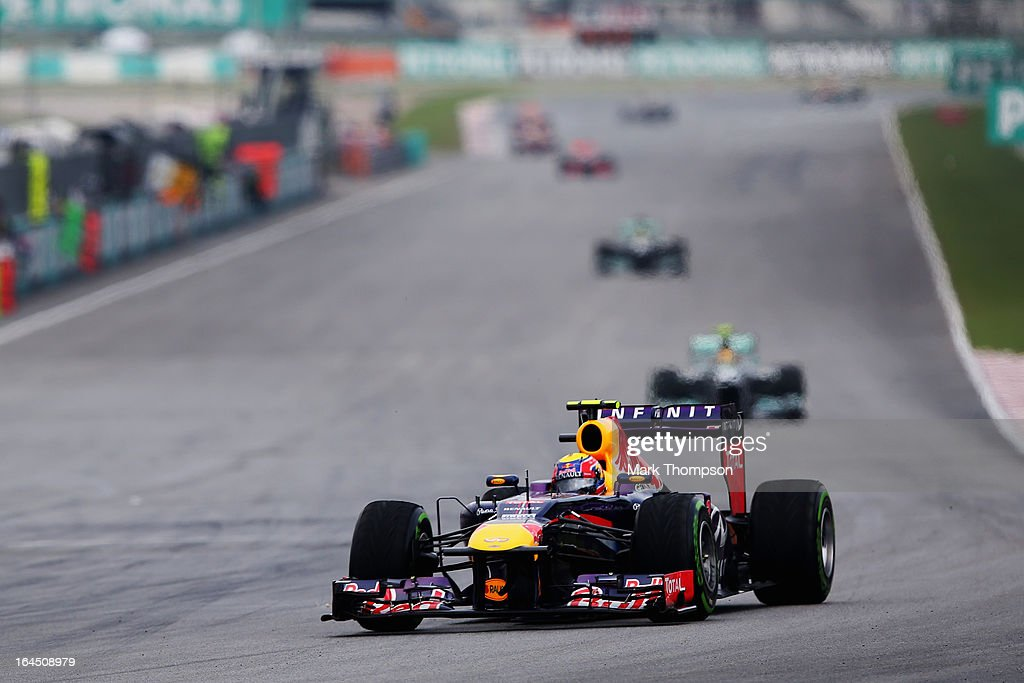 Mark Webber of Australia and Infiniti Red Bull Racing drives during the Malaysian Formula One Grand Prix at the Sepang Circuit on March 24, 2013 in Kuala Lumpur, Malaysia.