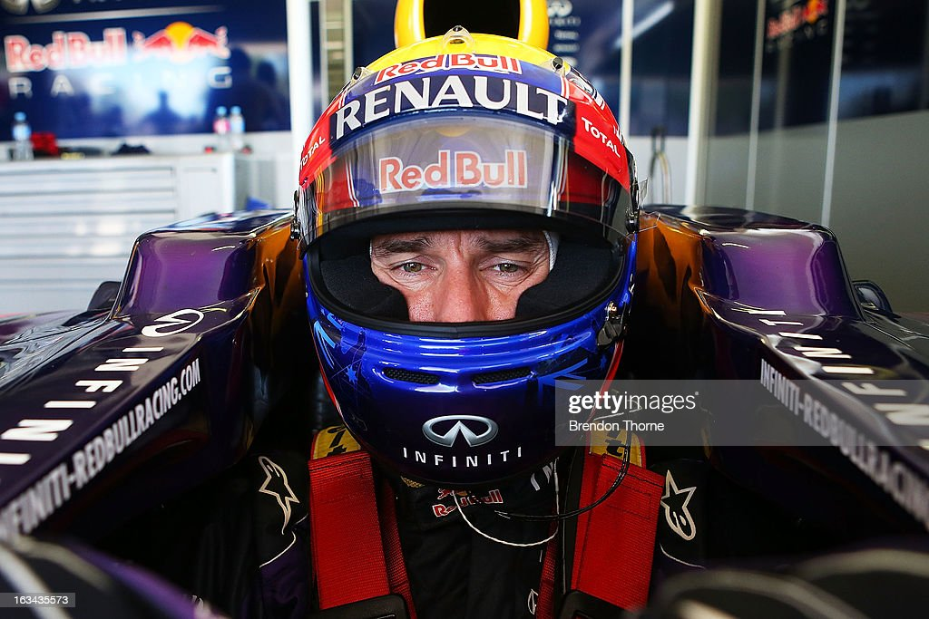 <a gi-track='captionPersonalityLinkClicked' href=/galleries/search?phrase=Mark+Webber+-+Piloto+de+automobilismo&family=editorial&specificpeople=167271 ng-click='$event.stopPropagation()'>Mark Webber</a> of Australia and Infiniti Red Bull Racing prepares to drive during the Top Gear Festival at Sydney Motorsport Park on March 10, 2013 in Sydney, Australia.