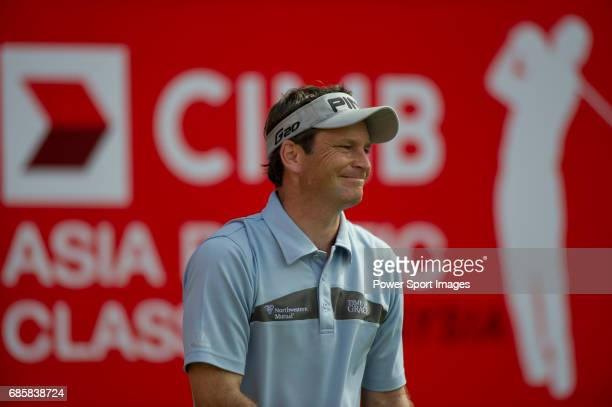 Mark Wilson on the eighteenth green during Round 3 of the CIMB Asia Pacific Classic 2011 at the MINES resort and golf club on 29 October 2011 near...