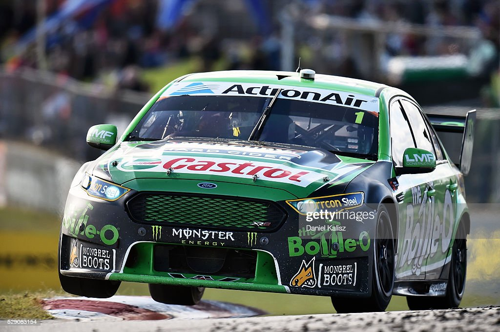 Mark Winterbottom drives the The BottleO Racing Ford Falcon FGX during race 2 for V8 Supercars Perth SuperSprint at Barbagallo Raceway on May 8 2016...