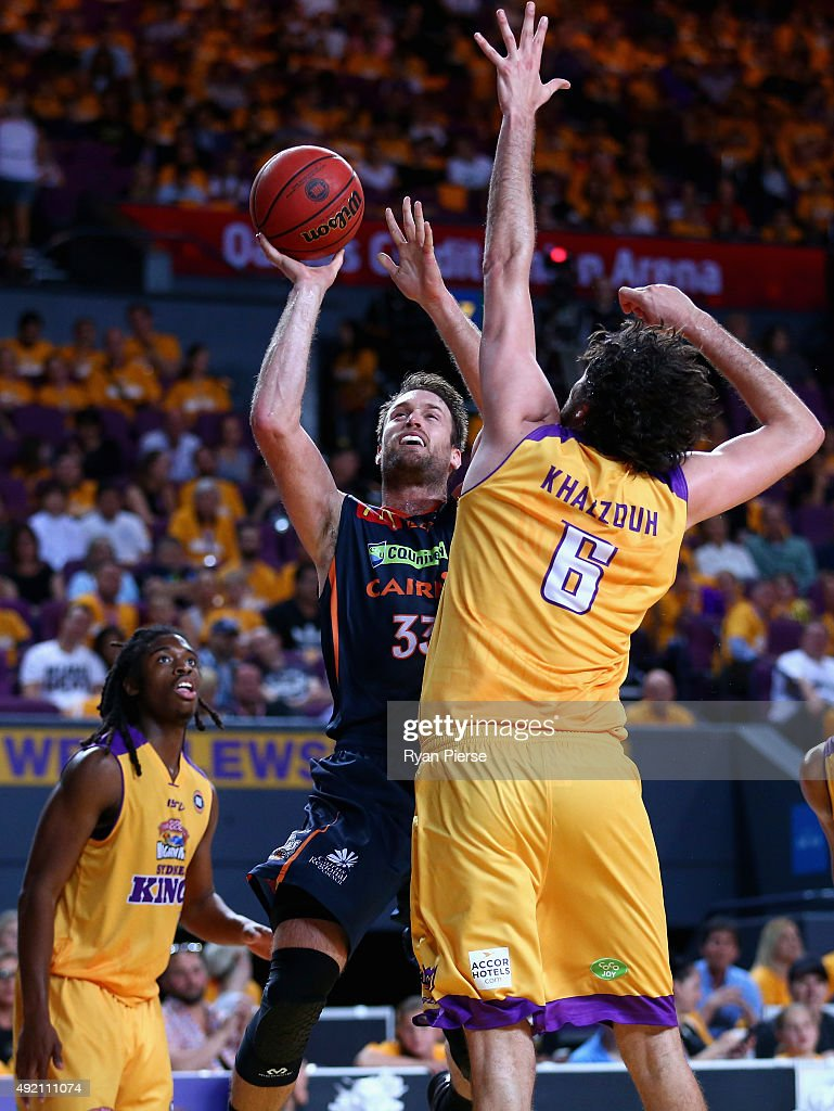 Mark Worthington of the Taipans shoots over Julian Khazzouh of the Kings during the round one NBL match between the Sydney Kings and the Cairns Taipans at Qantas Credit Union Arena on October 10, 2015 in Sydney, Australia.