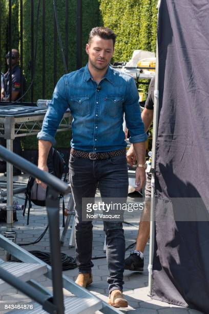 Mark Wright visits 'Extra' at Universal Studios Hollywood on September 6 2017 in Universal City California