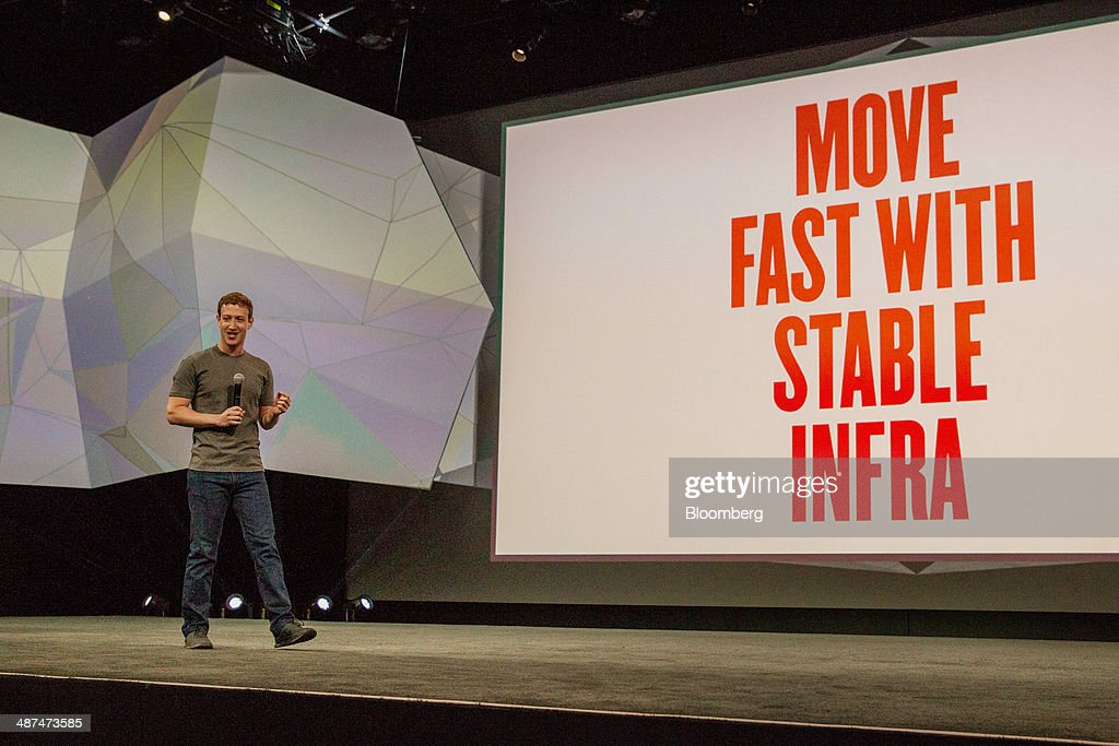 Mark Zuckerberg, chief executive officer of Facebook Inc., speaks during the Facebook F8 Developers Conference in San Francisco, California, U.S., on Wednesday, April 30, 2014. Facebook will offer software developers improved tools to create programs that run on any smartphone and a more streamlined experience for people to log into apps, including the option to sign in anonymously. Photographer: Erin Lubin/Bloomberg via Getty Images