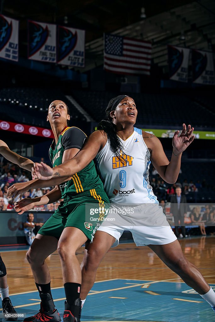 Markeisha Gatling #9 of the Chicago Sky blocks out Nicole Powell #14 of the Seattle Storm on June 10, 2014 at the Allstate Arena in Rosemont, Illinois.