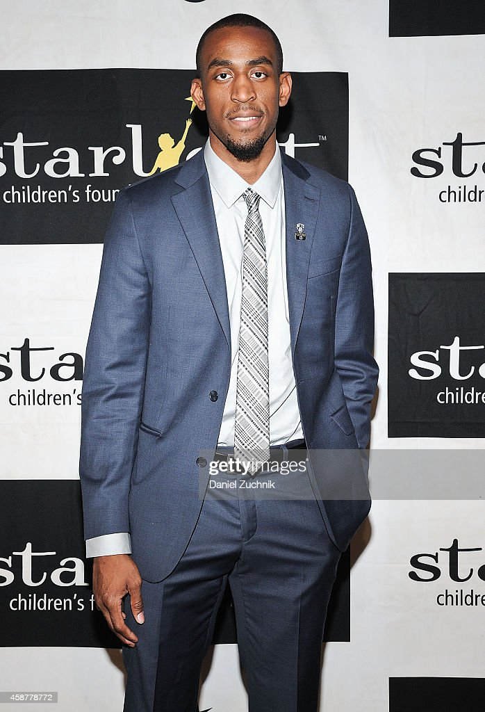 <a gi-track='captionPersonalityLinkClicked' href=/galleries/search?phrase=Markel+Brown&family=editorial&specificpeople=7542399 ng-click='$event.stopPropagation()'>Markel Brown</a> attends the Starlight Children's Foundation 25th Annual Sports Auction at Hard Rock Cafe - Times Square on November 10, 2014 in New York City.